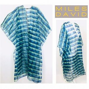 New Miles David Coverup sz M Blue and Green color